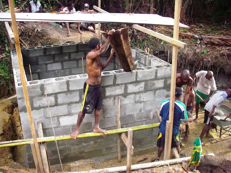 18.炊事洗濯場建設の様子